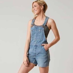 We the Free Sz 29 overalls shorts light wash